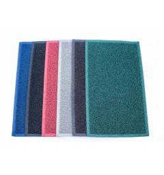 Felpudo de rizos de varios colores: rojo, azul, gris, marrón y negro