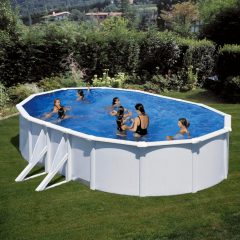 grande-piscina-blanca-baeza